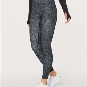Lululemon lead the pack tight NWT